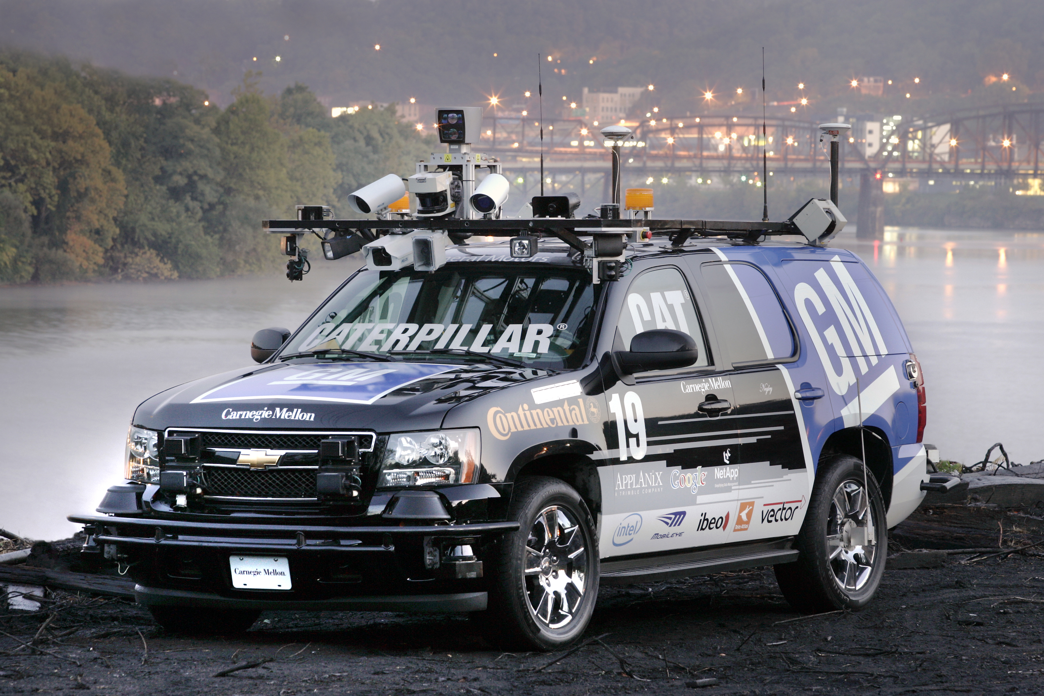 Driverless Cars by 2015 — GM